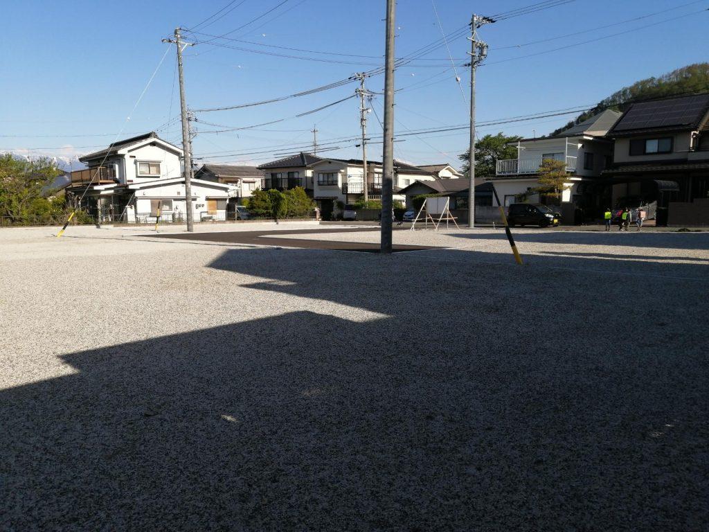 松本市里山辺の整備された分譲地
