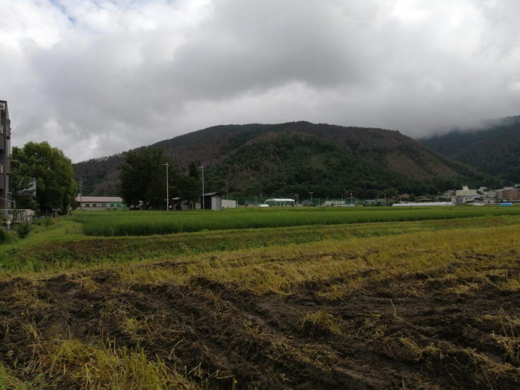 田園風景に癒される松本市惣社のかりがねサッカー場