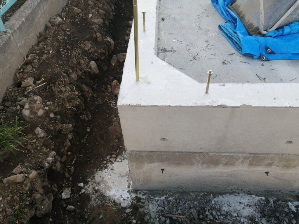 角がハンチ型に施工されている基礎