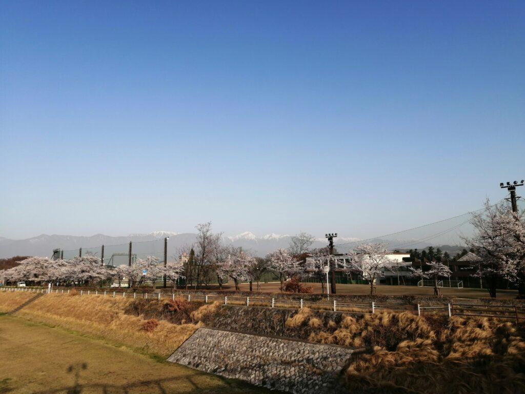4月1日早朝 薄川からの常念岳の眺め