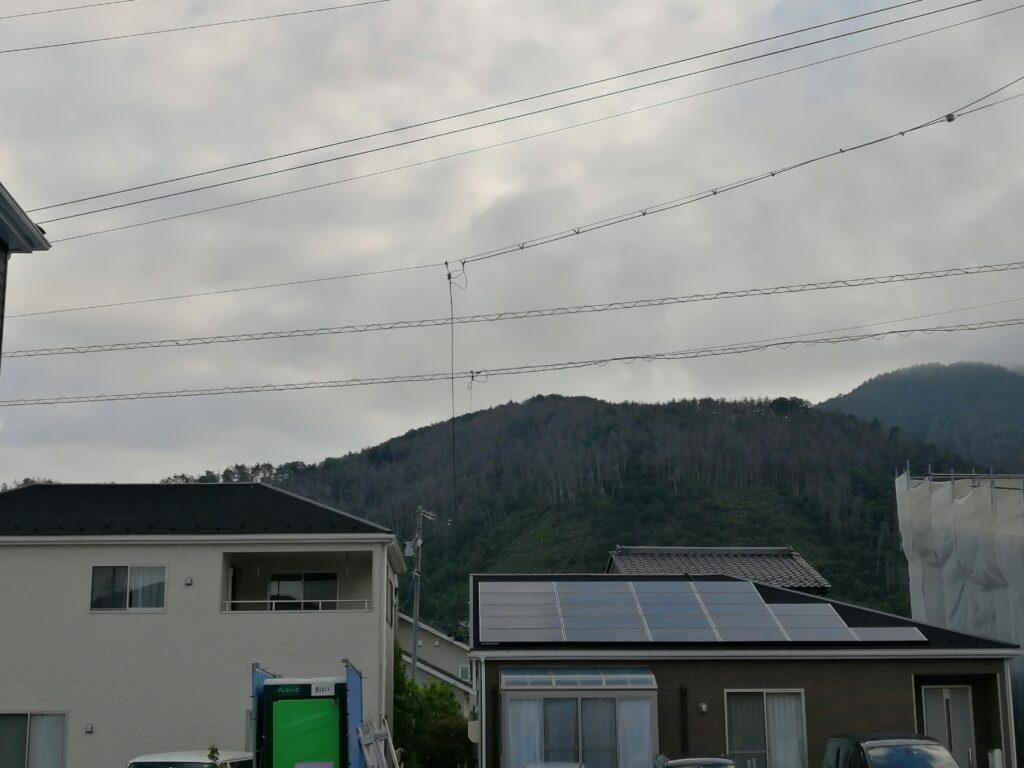家と空の写真